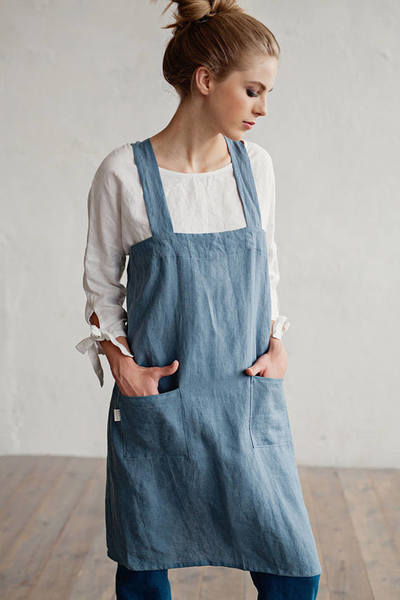 Linen denim looking artist apron for dyers