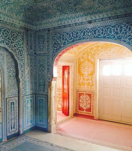 Handpainted Interior of Samode Palace